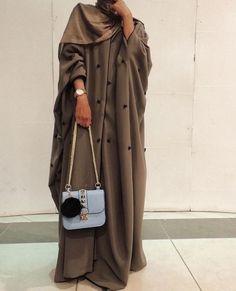 Iranian Women Fashion, Islamic Fashion, Muslim Fashion, Modest Fashion, Niqab Fashion, Fashion Outfits, Estilo Abaya, Mode Abaya, Abaya Designs