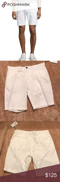 Theory Bruce NB white cargo Shorts NWT Brand new never worn Theory Shorts Cargo