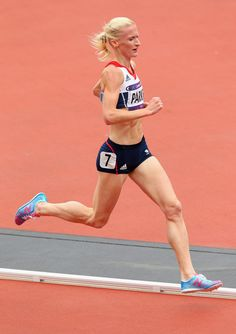 Barbara Parker of Great Britain competes in the Women's 5000m Round 1 Heats on Day 11 of the London 2012 Olympic Games at Olympic Stadium on August 7, 2012 in London, England.