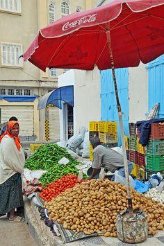 Africa: Amazigh berbers at the local market, Tunisia