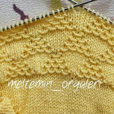 Şiş İşi Örgü Tarifi Baby Knitting Patterns, Knitting Stitches, Stitch Patterns, Crochet Blouse, Knit Crochet, Happy Baby, Knitwear, Wool, Blanket