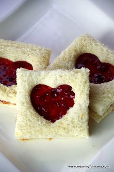 Peanut Butter and Jelly Valentine Sandwiches | Meaningful Mama