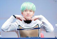 © to the owner Suga aegyo, so cute /u