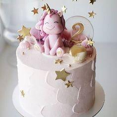 Unicórnio!!!! Fofura de bolo por @sweet_diva_cakes #unicorncake #BolosDecorados #unicorn #bolounicornio
