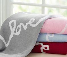love blanket http://rstyle.me/n/w2v36bna57