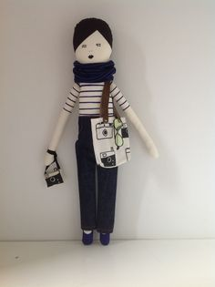 Mikodesign doll & camera bag!  I want one!!!! Just make her with red lipstick, long wavy strawberry blonde hair!!