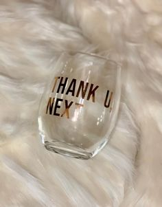 50 Ideas For Birthday Presents For Best Friend Ideas Rose Gold – Birthday Presents Birthday Presents For Friends, Birthday Gifts For Husband, Friend Birthday, Gold Birthday, Ariana Grande Birthday, Ariana Grande Fans, Neighbor Christmas Gifts, Perfume, Thank U