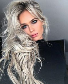 Are you looking for ombre hair color for grey silver? See our collection full of ombre hair color for grey silver and get inspired! Source by melissa_rooks Ash Blonde Hair Silver, Platinum Blonde, Silver Fox Hair, Coiffure Hair, Ombre Hair Color, Grey Ombre, Blonde Color, Hair Colour, Great Hair
