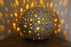 Lichterkugkup018 Shell Lamp, Keramik Design, Coconut Shell, Stone Mosaic, Light Photography, Clay Art, Ceramic Pottery, Decor Crafts, Decoration