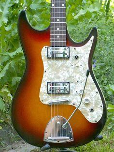 1000 images about egcellent egmond guitars on pinterest guitar electric guitars and holland. Black Bedroom Furniture Sets. Home Design Ideas