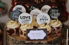 Kvalitnetorty.sk Cake Bars, Pie, Place Card Holders, Cupcakes, Desserts, Amazing, Food, Wedding, Torte