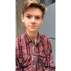 Thank u girl 4 the 50 followers :) Heres Thomas to make ur day better