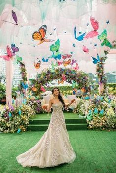 Stunning butterfly decor with golden gown for mehendi #wedmegood #indianwedding #butterfly #butterflies #indianbride #decor #decoration #goldengown #gowns #mehendi