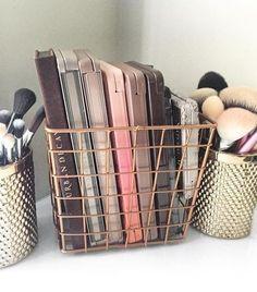 13 Fun DIY Makeup Organizer Ideas For Proper Storage makeup vanity makeup storage master bedroom Copper Wire Basket, Wire Baskets, Storage Baskets, Storage Boxes, Storage Drawers, Storage Containers, Makeup Containers, Storage Trolley, Display Boxes