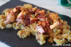 la cocina de aficionado: Patatas rotas con pulpo y aceite con frutos secos