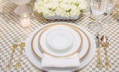 Decoração de Casamento : Paleta de Cores Branco e Dourado | Inspire-se nessas cores tradicionais para o casamento dos seus sonhos | Blog de Casamento DIY