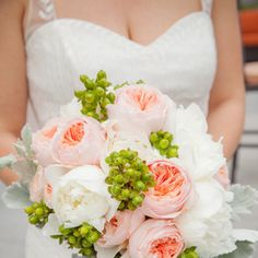 https://www.theknot.com/real-weddings/wedding-bouquets-photos?page=8