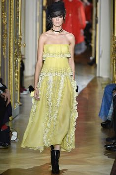 Ulyana Sergeenko Spring 2016 Couture Collection Photos - Vogue
