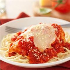 Easy Chicken Parmesan: Easy chicken Parmesan recipe when chicken bakes in Hunt's Tomatoes with Kraft Parmesan, is topped with mozzarella and served over spaghetti. Recipe Source: Kraft Foods, Inc. Kraft® is a registered trademark of Kraft Foods, Inc. Easy Pasta Recipes, Kraft Recipes, Easy Chicken Recipes, Easy Meals, Kraft Foods, Weeknight Recipes, Chicken Meals, Turkey Recipes, Baked Chicken
