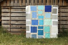 Ombre Grid: Improv Handbook Score — Stitched in Color Quilt Stitching, Applique Quilts, Easy Quilts, Mini Quilts, Log Cabin Quilts, Quilting For Beginners, Quilting Projects, Quilting Ideas, Quilt Making