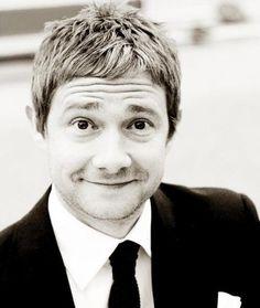 This Guy Has the Best Smile. Hobbit/Sherlock.