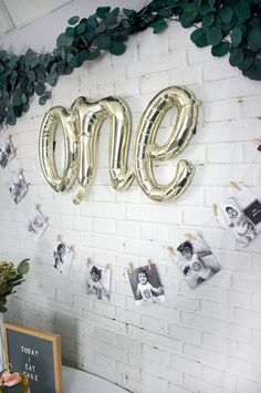 Get the how to on this super cute and easy DIY Monthly Photo Garland to help celebrate baby& first birthday party in style! First Birthday Balloons, Boys First Birthday Party Ideas, First Birthday Pictures, First Birthday Banners, Baby Boy First Birthday, Diy Birthday Decorations For Baby Girl, Baby Birthday Themes, Birthday Diy, Birthday Gifts
