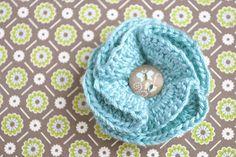 crochet spring blooms pattern {and our giveaway winner} | Little Birdie Secrets