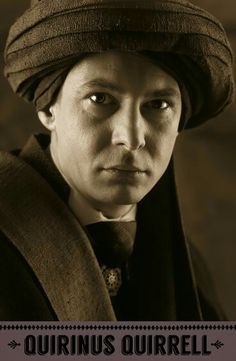 Ian Hart as Quirinus Quirrell, Defence Against the Dark Arts professor. Harry Potter Hermione, Hermione Granger, Ron Weasley, Harry Potter Theme, Harry Potter Characters, Harry Potter Fandom, Harry Potter Universal, Harry Potter Movies, Harry Potter World