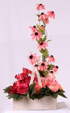 Design by Jodi Duncan   North American Wholesale Florist 2014 Spring Open House