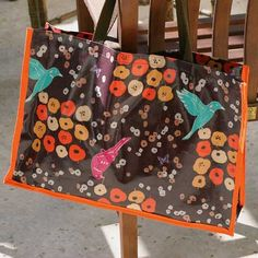 Free Bag Pattern and Tutorial - Oilcloth Tote