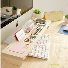 Check out this neat idea for your home office! Wooden Keyboard Shelf, Creative Home Office Organizing Ideas, Wooden Desk Organizer, Organizer Box, Home Office Organization, Organization Hacks, Organizing Ideas, Organising, Office Storage Ideas, Ideas Para Organizar, Ideias Diy