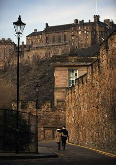 photo gallery of haunted places | haunted places to make you quiver - Edinburgh Castle - Travel Photo ...