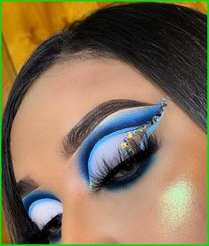 Rave Makeup, Glam Makeup, Eyeshadow Makeup, Makeup Inspo, Makeup Art, Makeup Inspiration, Eyeshadows, Dramatic Eye Makeup, Makeup Eye Looks