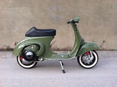 Vespa 50, Vespa Girl, Lambretta Scooter, Vespa Scooters, Vespa Special, Vespa Smallframe, Italian Scooter, Power Bike, Motorcycle Tips