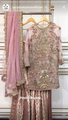 Gorgeous outfit by Zara shahjahan Nikkah Dress, Shadi Dresses, Pakistani Formal Dresses, Pakistani Wedding Outfits, Pakistani Wedding Dresses, Pakistani Dress Design, Indian Dresses, Bridal Sarees, Pakistani Couture