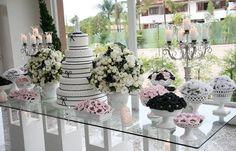 Branco, preto e rosa
