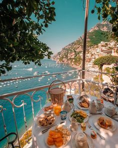 Breakfast in Positano, Italy. Positano is a municipality on the Amalfi coast in the province of Salerno in Campania, Italy, with 3942 inhabitants. Oh The Places You'll Go, Places To Travel, Travel Destinations, Places To Visit, Vacation Places, Greece Destinations, Romantic Destinations, Holiday Destinations, Travel Aesthetic