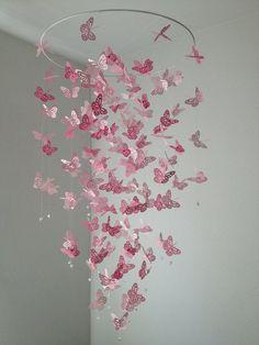 Monarchfalter Kronleuchter Mobile perfekt Rosa von DragonOnTheFly