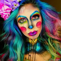 Save this Halloween rainbow clown makeup tutorial. make up face paintings beautiful 44 Times Halloween Face Paint Basically Blew Our Minds Visage Halloween, Clown Halloween, Halloween Makeup Looks, Halloween Costume Makeup, Halloween Party, Pop Art Costume, Butterfly Halloween, Butterfly Fairy, Halloween Photos