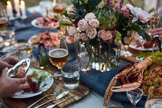 Crawfish Party, Seafood Party, Alvar Aalto, Party Themes, Table Settings, Table Decorations, Dining, Inspiration, Foods