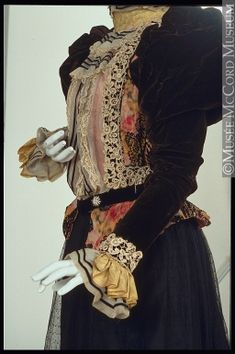 Bodice by Vere Goold, Canada About 1897-1898, 19th century Fibre: silk (velvet, taffeta, satin, lace, moire, chiffon); metal; glass (diamente); Sewn (hand) Gift of Mrs. Isabel Barclay Dobell M970.25.1 © McCord Museum