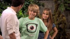 The Suite Life on Deck screencaps. Disney Xd, Disney Girls, Zack Et Cody, Suit Life On Deck, Old Disney Shows, Kim Rhodes, Old Disney Channel, Dylan And Cole, Nickelodeon Cartoons