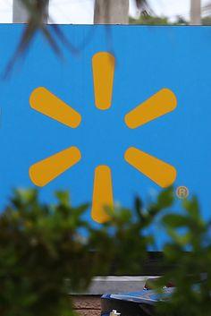 Wal-Mart Planning To Slash Hundreds Of Jobs At Arkansas Headquarters
