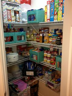 Pantry inspired with thirty one bins Thirty One Organization, Pantry Organization, Organizing Tips, Organization Skills, Pantry Ideas, Cleaning Tips, Thirty One Party, Thirty One Gifts, Thirty One Uses