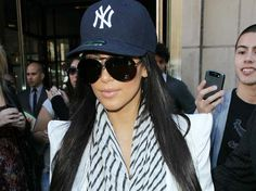 d1a617f54d9 Sometimes I like a chick in a fitted Yankee hat. Yankees Hat