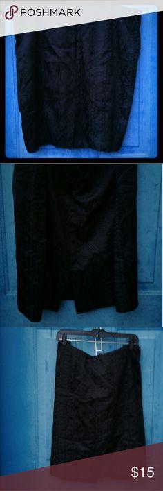 Lane Bryant Straight Skirt 20W Black. Above knee. Textured satiny finish.. Center back zip. Lane Bryant Skirts Mini