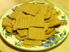 Graham crackers!  I want to try this soon!  Need some mace.