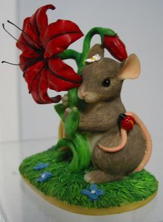 "Fitz & Floyd ""Charming Tails"" S.E.1998 ""Peek a Boo in the Posies"" Mouse MIB"