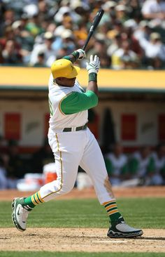 Frank Thomas with the Oakland A's Best Baseball Player, Sports Baseball, Baseball Quotes, Baseball Cards, Mlb Uniforms, Baseball Uniforms, White Sox Baseball, Pirates Baseball, Mlb Teams