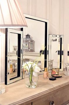 Modern Design Beautiful Glass Venetian Dressing Table Mirror 1ft10 x 2ft7